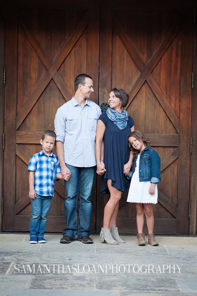 Stone Oak family posing for portraits at The Historic Pearl Brewery in downtown San Antonio Texas